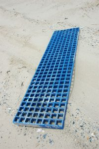 grate test DSC 9317 200x300 - 4x4 sand ladders bog mats made from FRP Grating