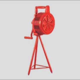 Hand Operated Siren with Stand ME 605