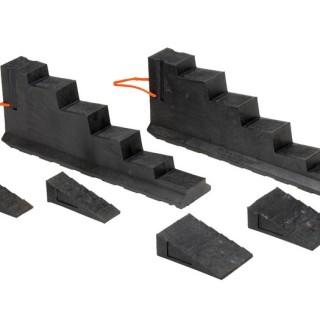 V-Strut & Chocks and Blocks